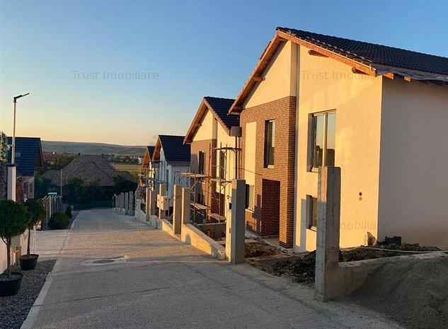 Duplex Dezmir,120 mp,terasa,str.Planoarelor,acces asfaltat,Comision 0 - imaginea 1