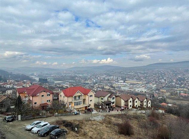 Duplex Gruia,D+P+E+ER, 215mp ,View 360 ,Gradina 240 Mp,Garaj - imaginea 1