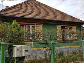 Casa de vânzare 3 camere, în Sighisoara, zona Nord