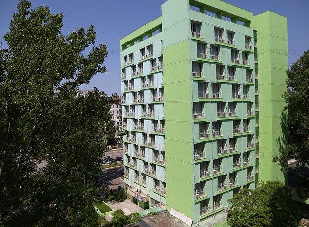 Hotel in Mamaia pe faleza - imaginea 1