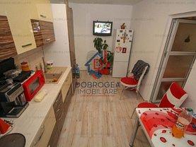 Apartament de vânzare 3 camere, în Tulcea, zona C5