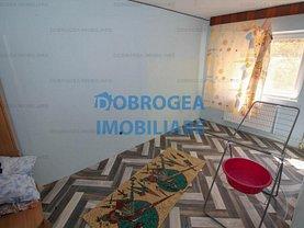 Apartament de vânzare 3 camere, în Tulcea, zona 23 August