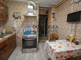 Apartament de vânzare 3 camere, în Tulcea, zona E3