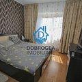 Apartament de vânzare 3 camere, în Tulcea, zona Peco