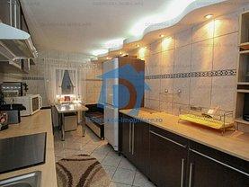 Apartament de vânzare 4 camere, în Tulcea, zona Babadag