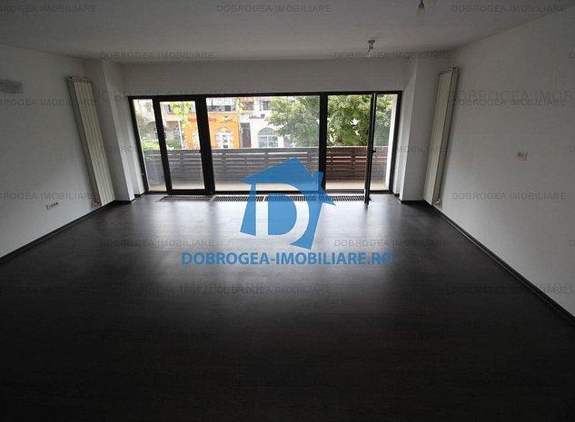 Babadag, complet renovat, etaj 1, vedere stradala, centrala termica - imaginea 1