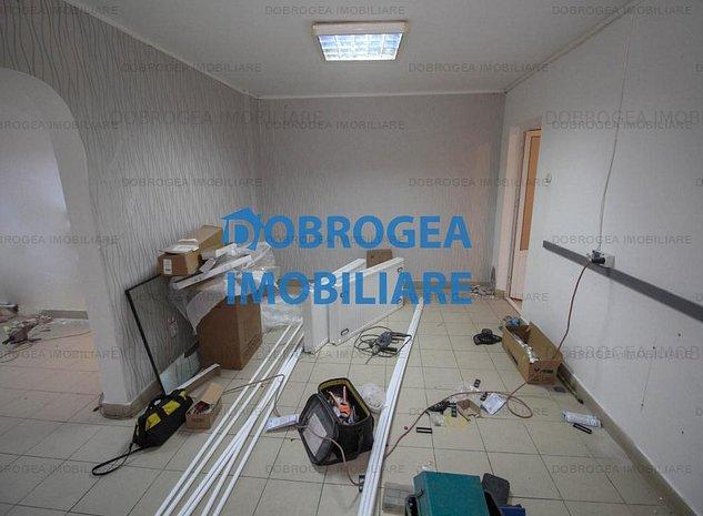 Apartament Vest 2 camere transformat in 3, centrala gaz, balcon, parter - imaginea 1
