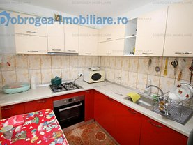 Casa de vânzare 3 camere, în Tulcea, zona E3