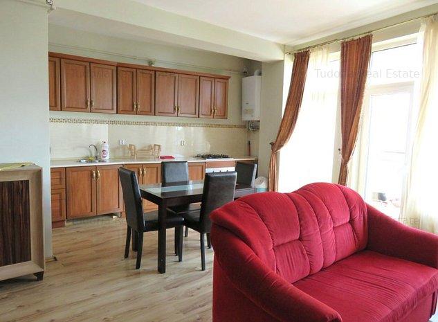 Apartament 5 camere, 105mp+40mp terasa, etaj 1/3 - imaginea 1