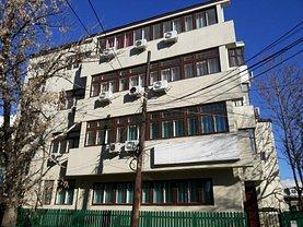 Casa de vânzare sau de închiriat 24 camere, în Bucureşti, zona Romană