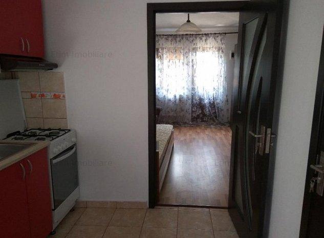 Apartament 1 camera decomandata zona Copou -stadion - imaginea 1