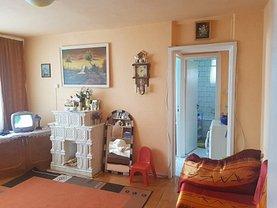 Apartament de vânzare 2 camere, în Deva, zona Mihai Eminescu