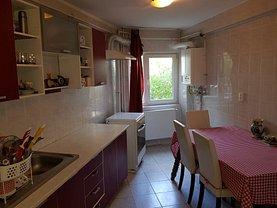 Apartament de vânzare 4 camere, în Deva, zona Mihai Eminescu