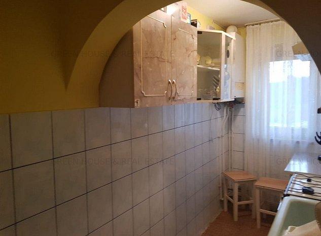 Apartament 2 camere decomandat,zona Bejan - imaginea 1