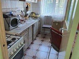 Apartament de vânzare 2 camere, în Deva, zona Nicolae Bălcescu