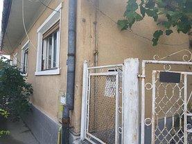Casa de vânzare 2 camere, în Deva, zona Centru Vechi