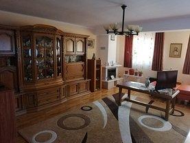 Casa de vânzare 4 camere, în Deva, zona Cetate