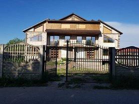 Casa de vânzare 8 camere, în Deva, zona Zarand