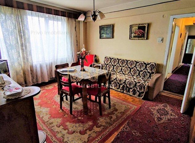 Apartament central, 3 camere, 67 mp, decomandat in P-ta Mihai Vitezu. - imaginea 1