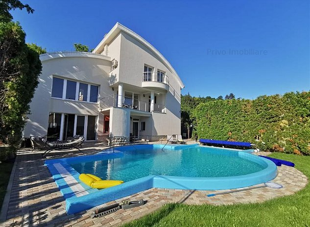 Casa cu piscina,390 mp, curte 800 mp,7 camere,parcari zona H. Napoca - imaginea 1