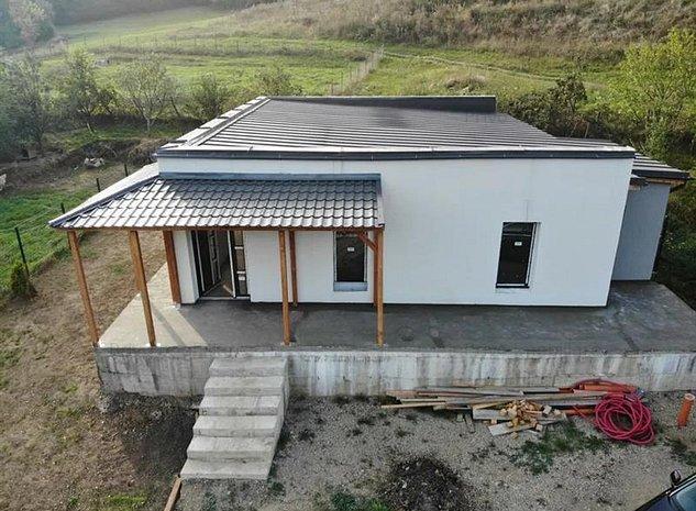 Casa individuala cu CF, teren 485 mp, is Salicea. - imaginea 1