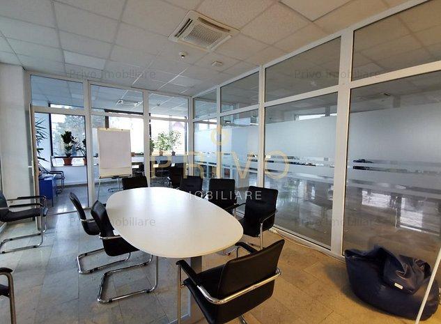 Spatiu de birou 340 mp parcari zona Centrala - imaginea 1