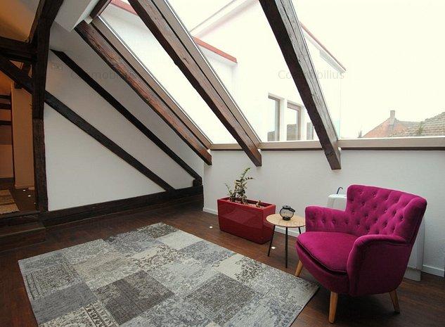 Lux Penthouse cu 3 camere si lift propriu zona Medicina  - imaginea 1