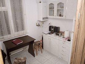 Apartament de vânzare 2 camere în Piatra-Neamt, Calea Romanului