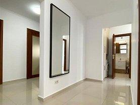 Apartament de vânzare 4 camere, în Bucureşti, zona Periferie