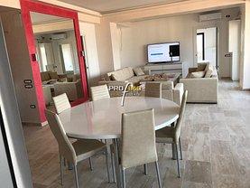 Apartament de vânzare sau de închiriat 3 camere, în Mamaia