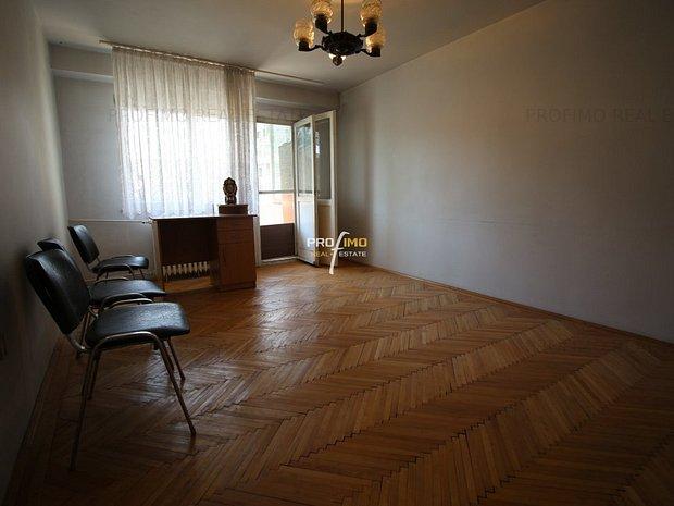 Bld.Tomis - Apartament 3 camere, Decomandat, su.69 mp. - imaginea 1