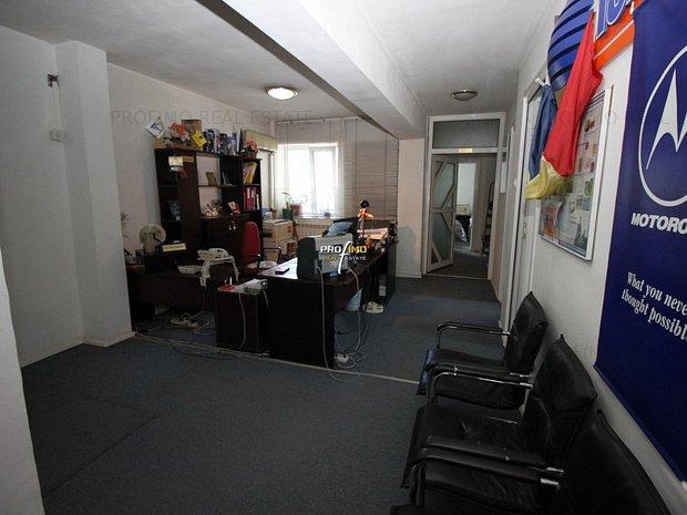 Penthouse 7 camere decomandat, su.155mp. situat in Centrul Orasului - imaginea 1