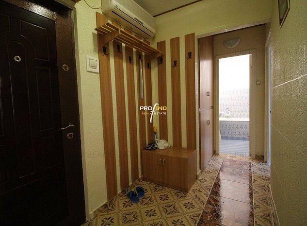 Tomis Nord Apartament 2 Camere decomandat Et 3/4 - imaginea 1