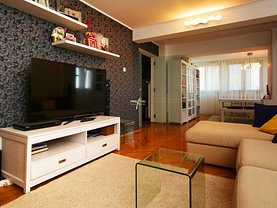 Apartament de vânzare sau de închiriat 4 camere, în Constanţa, zona Faleza Nord