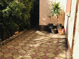 Casa de vânzare 3 camere, în Constanta, zona Faleza Nord