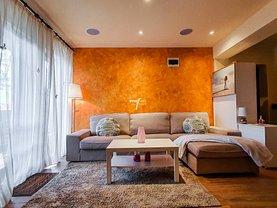 Casa de închiriat 3 camere, în Mamaia-Sat, zona Vest