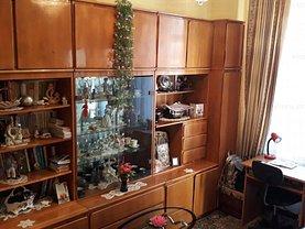 Casa de vânzare 3 camere, în Constanţa, zona Capitol