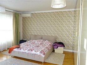 Apartament de vânzare 5 camere în Bucuresti, Dristor