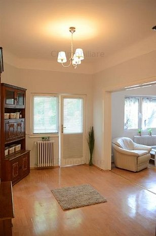 Apartament 4 camere in vila Unirii - imaginea 1