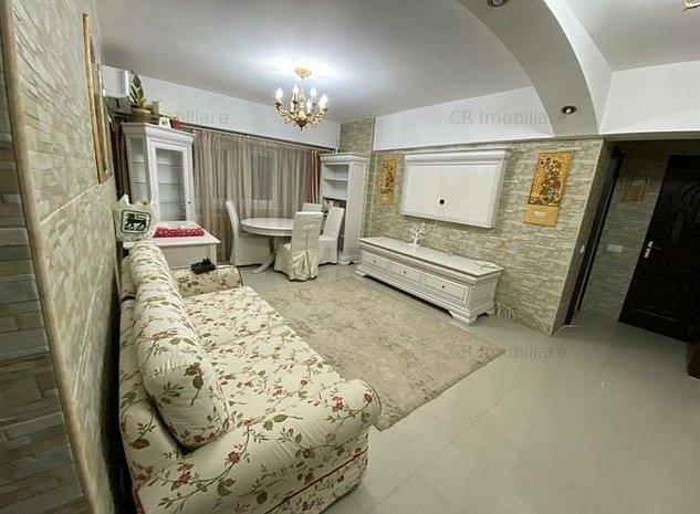 Vanzare Apartament 3 camere Unirii - imaginea 1