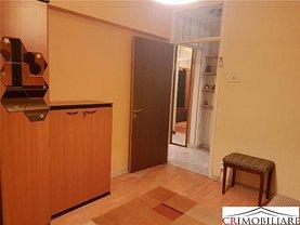 Apartament de vânzare 3 camere, în Bucureşti, zona Moşilor