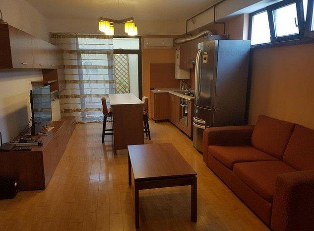 Vanzare apartament 2 camere Domenii - imaginea 1