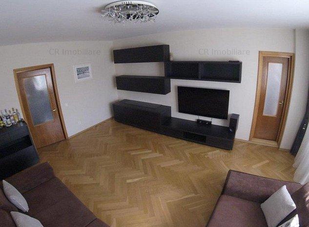 Vanzare apartament 3 camere Calea Calarasi - imaginea 1