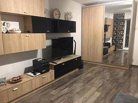 Apartament de vânzare 3 camere, în Bucureşti, zona Nerva Traian