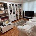 Apartament de vânzare 3 camere, în Bucureşti, zona Valea Ialomiţei
