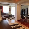 Apartament de vânzare 3 camere, în Bucureşti, zona Aviatorilor