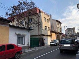 Apartament de vânzare 2 camere, în Bucureşti, zona Dacia