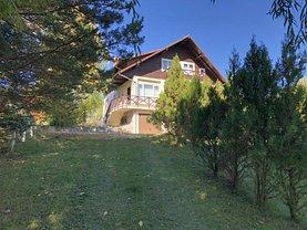 Casa de vânzare 6 camere, în Măneciu