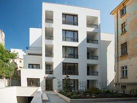 Apartament de vânzare 3 camere, în Bucuresti, zona Rosetti