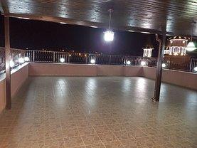 Penthouse de vânzare 4 camere, în Piteşti, zona Negru Vodă